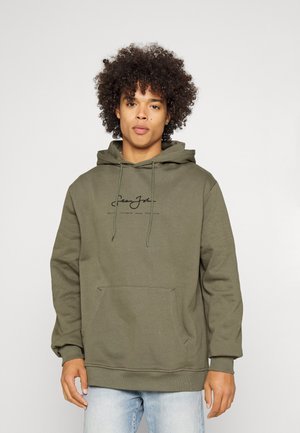 CLASSIC LOGO ESSENTIAL HOODIE - Sweater - olive