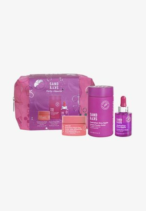 PURIFY + GLOW KIT - Skincare set - -