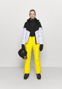 CMP - WOMAN  - Snow pants - yellow - 1
