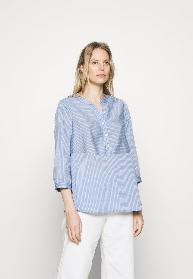 CUNATHLEEN BLOUSE - Blusa - blue/white