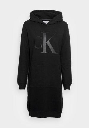 HOODIE DRESS UPSCALE  - Denní šaty - black