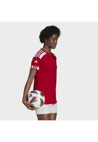 adidas Performance - SQUADRA 21 - T-shirts med print - team power red white - 3