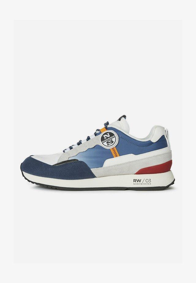 Sneakers laag - multi-coloured e001