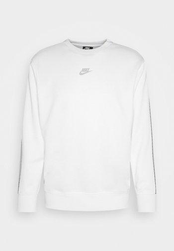 REPEAT CREW - Long sleeved top - white/light smoke grey