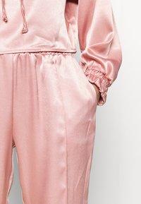 WAL G. - HANI - Trousers - pink - 4