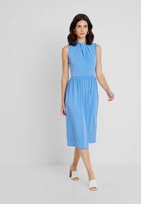 Anna Field - Shift dress - light blue colourway - 0