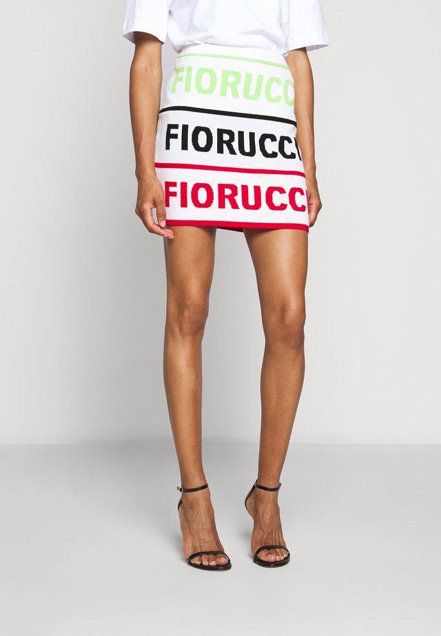 LOGO SKIRT - Falda de tubo - white