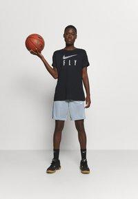 Nike Performance - DRY FLY TEE - Print T-shirt - black - 1