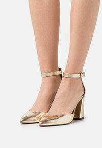 ONLY SHOES - ONLPAVI - Classic heels - gold - 0