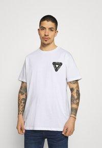 Brave Soul - SCALE - Print T-shirt - white - 2