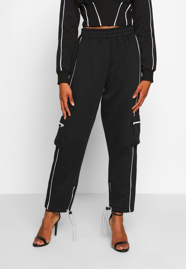 CONTRAST PIPE DETAIL POCKET JOGGER - Teplákové kalhoty - black
