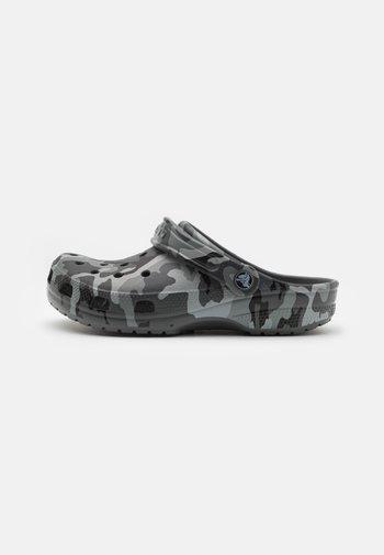 CLASSIC PRINTED CAMO UNISEX - Mules - slate grey/multicolor