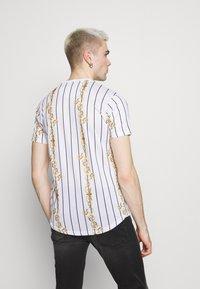 Brave Soul - CALOR - T-shirt imprimé - optic white - 2