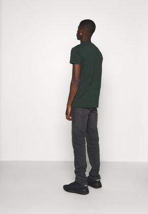 DAREN ZIP FLY - Straight leg jeans - black helen
