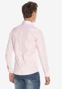 Cipo & Baxx - HECTOR - Formal shirt - pink - 2