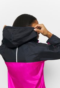 New Balance - Waterproof jacket - fusion - 4
