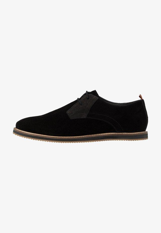 JORDAN III - Zapatos de vestir - black