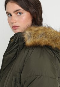 Urban Classics - Winter coat - darkolive - 4