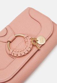 See by Chloé - HANA Hana phone wallet - Clutch - fallow pink - 6