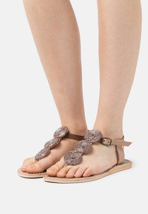 ISKO FLAT - T-bar sandals - silky pink