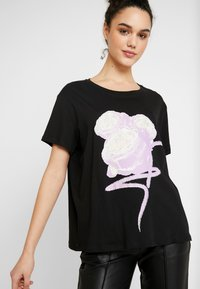NA-KD - FLOWER TEE - Print T-shirt - black - 3