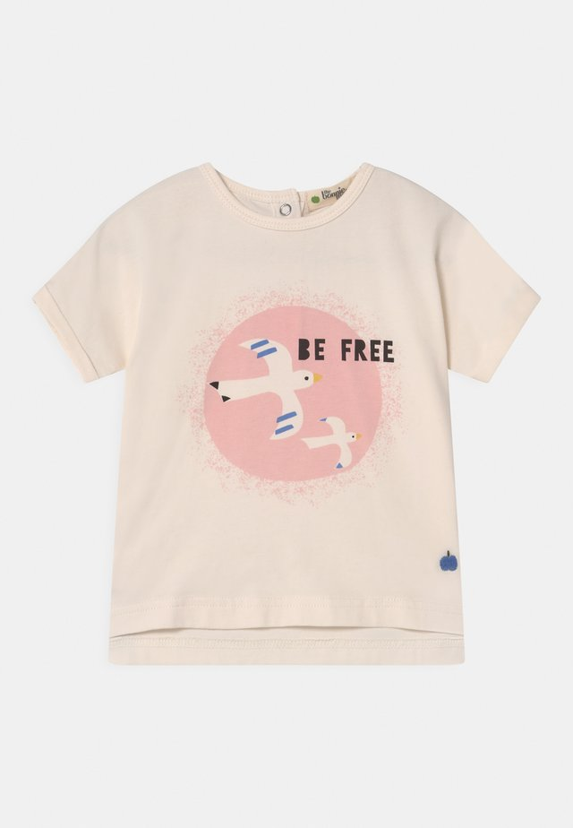 PERCY - Camiseta estampada - white/pink