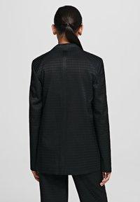 KARL LAGERFELD - CAMEO  - Krátký kabát - black - 2