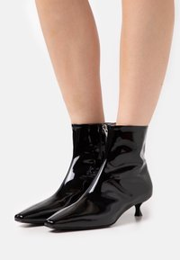 MSGM - TRONCHETTO DONNA WOMANS BOOT - Classic ankle boots - black - 0