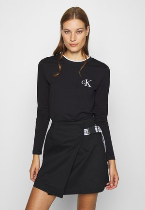 EMBROIDERY TIPPING - Long sleeved top - black