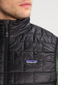 Patagonia - NANO PUFF VEST - Waistcoat - black - 3