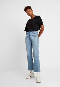 Monki - TOVI TEE - T-shirts print - black - 1