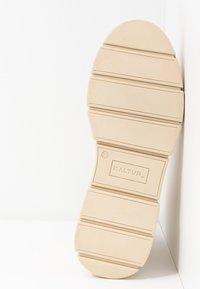Kaltur - LOR - Platform ankle boots - beige - 4