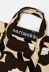 Marimekko - MILLI MATKURI PIENI UNIKKO BAG - Torebka - beige/brown/off white - 5
