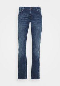Mustang - OREGON  - Jeans Tapered Fit - denim blue - 6