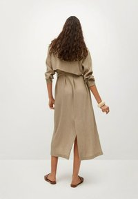 Mango - MIT TEXTUR - Shirt dress - beige - 2