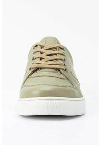 Ulla Popken - Sneakers laag - pale green - 2