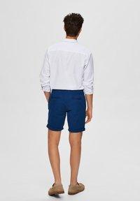 Selected Homme - SLHSTRAIGHT PARIS - Shorts - estate blue - 2