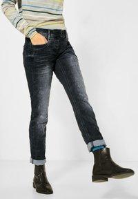 Cecil - LOOSE FIT  - Slim fit jeans - schwarz - 0