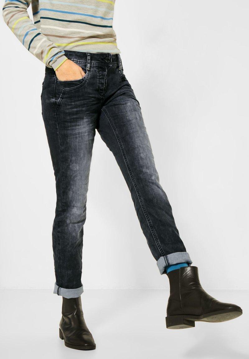 Cecil - LOOSE FIT  - Slim fit jeans - schwarz