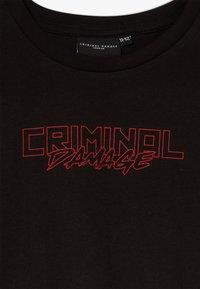 Criminal Damage - DRAGON TEE - Print T-shirt - black/multi - 2
