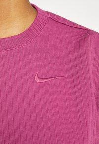 Nike Sportswear - CREW CROP - Sweatshirt - mulberry rose - 5