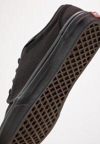 Vans - VULCANIZED - Zapatillas - black - 2