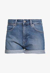 BOYFRIEND - Denim shorts - mid blue