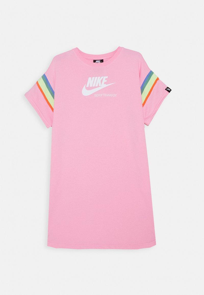 Nike Sportswear - HERITAGE DRESS - Vestito estivo - pink/white