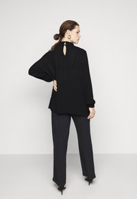 Kaffe Curve - KCTRUDI BLOUSE - Long sleeved top - black deep - 2