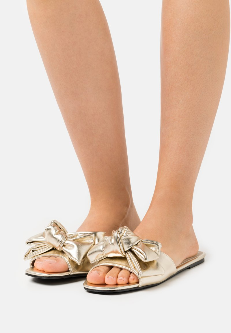 Nly by Nelly - BOW FOR ME FLAT - Mules - gold