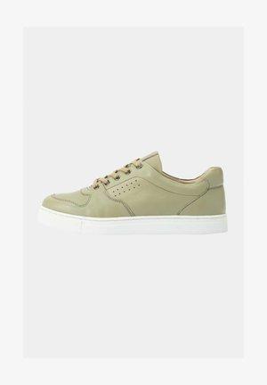 Sneakers laag - pale green