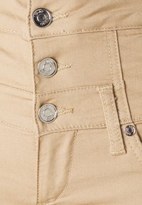 Liu Jo Jeans - RAMPY - Trousers - savana - 2