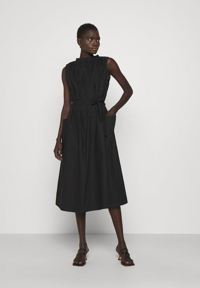 SHARA THINKTWICE - Korte jurk - jet black