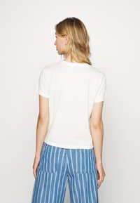 American Eagle - BRANDED ROLLED SLEEVE TEE - Print T-shirt - white - 2